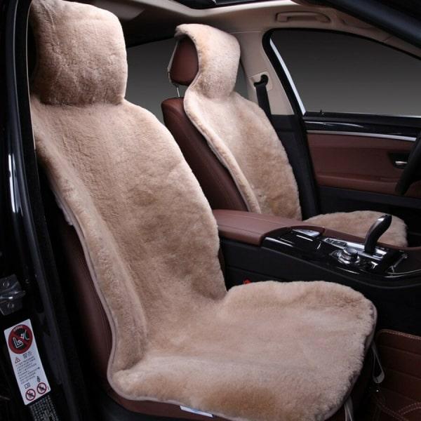 Накидка на сиденье из шерсти светлая